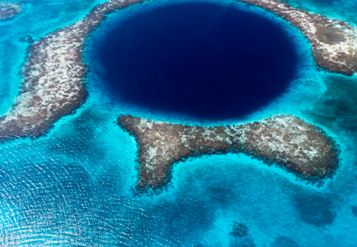 blue-hole-in-belize