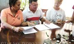 Marco Gonzalez - Officials sign SI Agreement