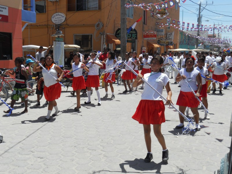San Pedro High School Students in Parade