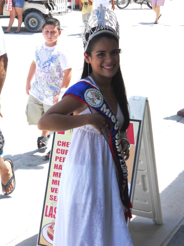 Miss San Pedro in Town Square