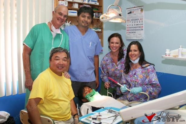 Smile Clinic Volunteers in San Pedro, Ambergris Caye