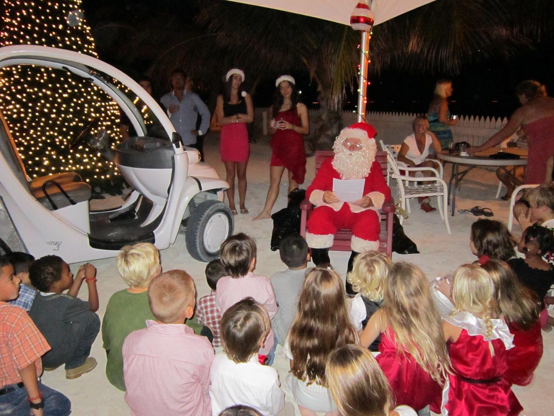 Christmas 2011 - Santa, Golf Cart and Kids