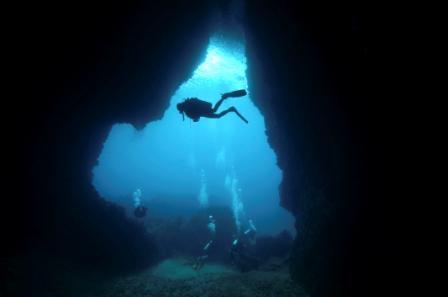 Cave Diving-ecbr