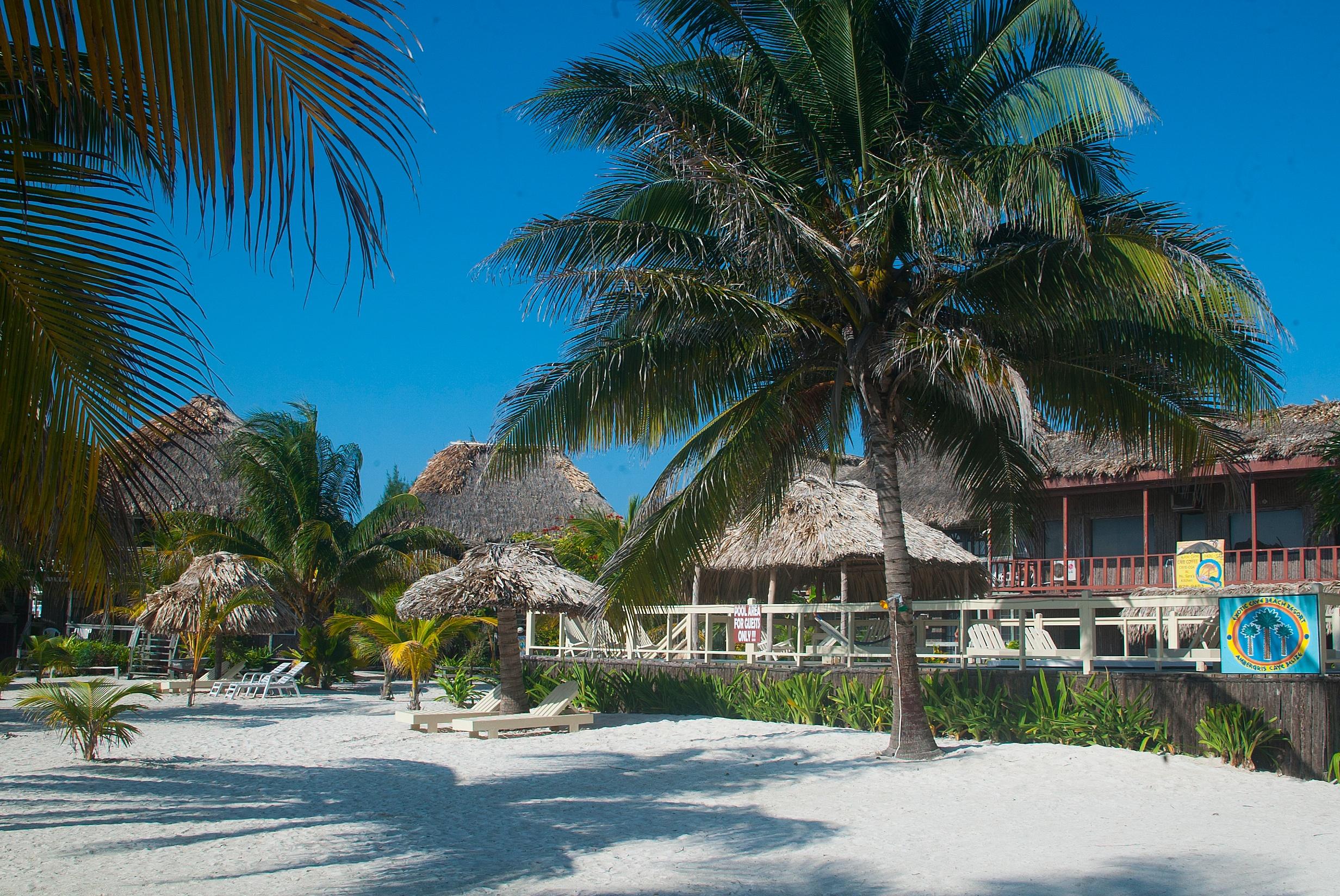 Grand Baymen, Ambergris Caye