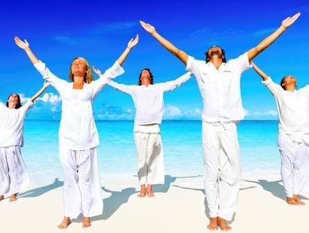 Yoga_on_the_Beach