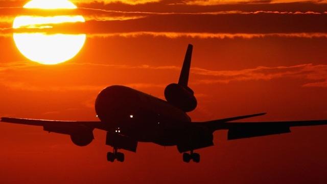 Generic-airplane-jpg.jpg