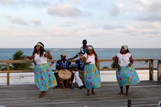 Garifuna Dancers-2